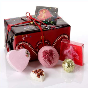 Love in Vegas Gift Set